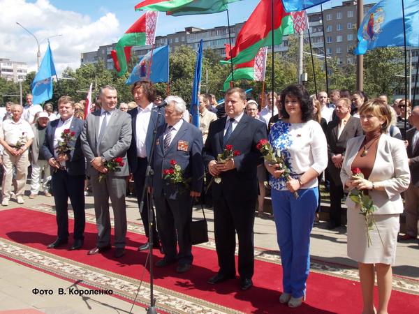 На торжественном мероприятии открытия памятного знака Маршалу Советского союза К.К. Рокоссовскому